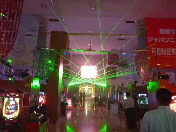パチンコ店1201